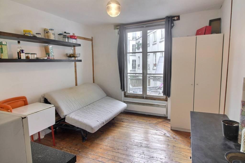 A LOUER - STUDIO 16m² - PARIS 18 - 660€ CC